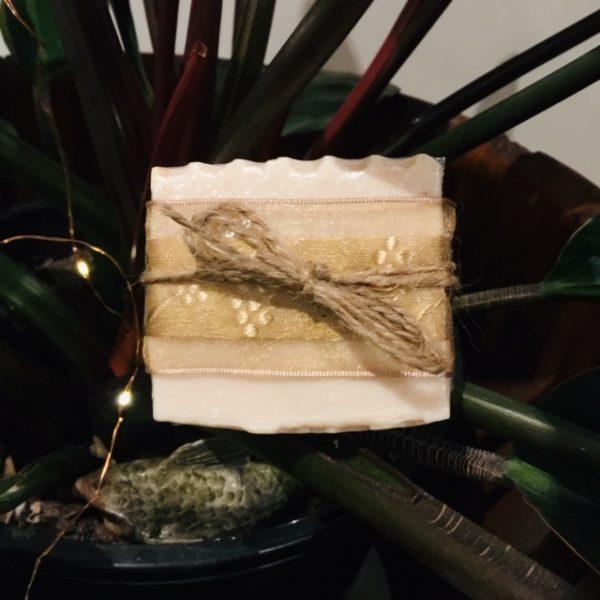 Honey & Zeolite soap